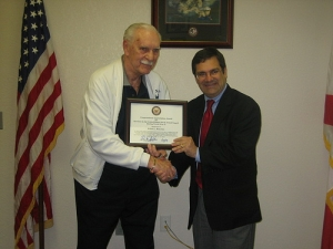 Gus presents Congressional Appreciation Award